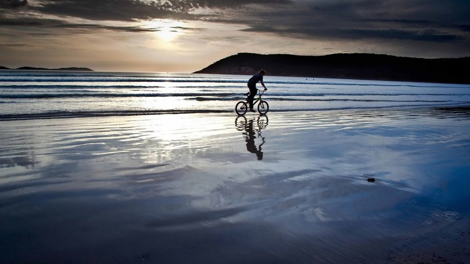 713532__wallpaper-sport-bike-beach-biking-gallery_p